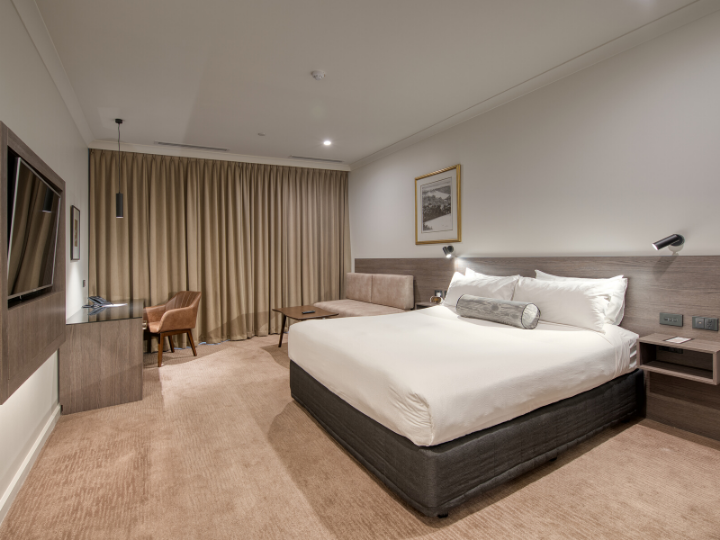 Deluxe Room  in Duxton Hotel Perth