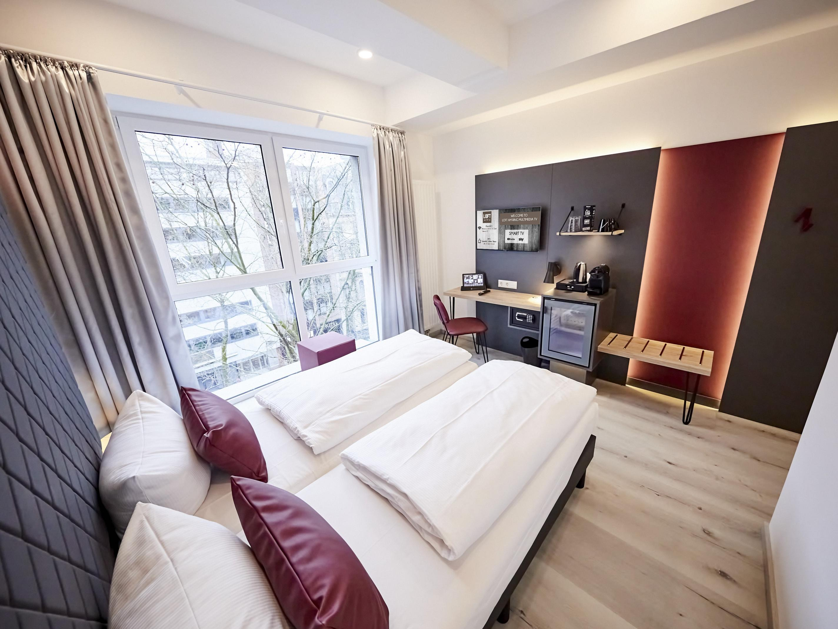 Double Large Room at SMARTY Cologne Downtown Hotel