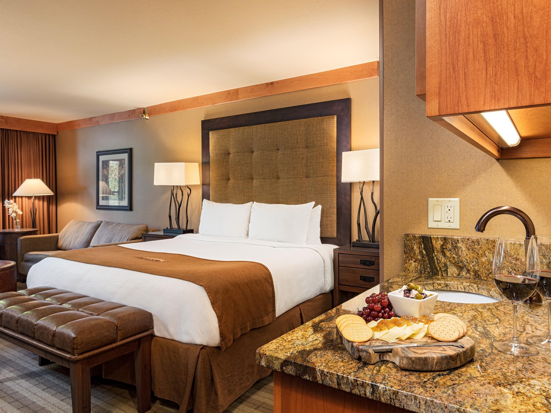 Junior Suite at Wyoming Inn
