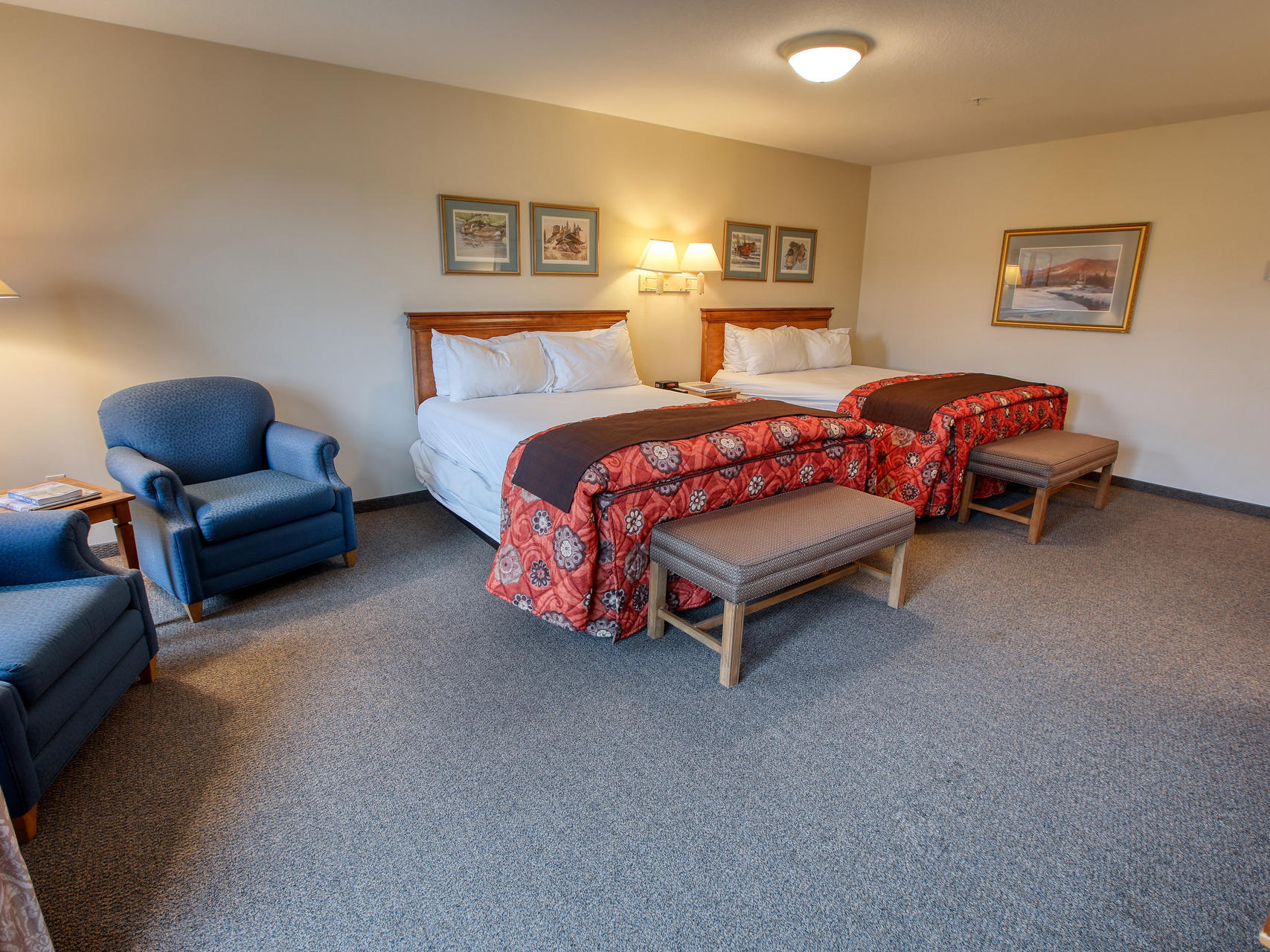 Bed area view of Deluxe corner room at Bear Lodge