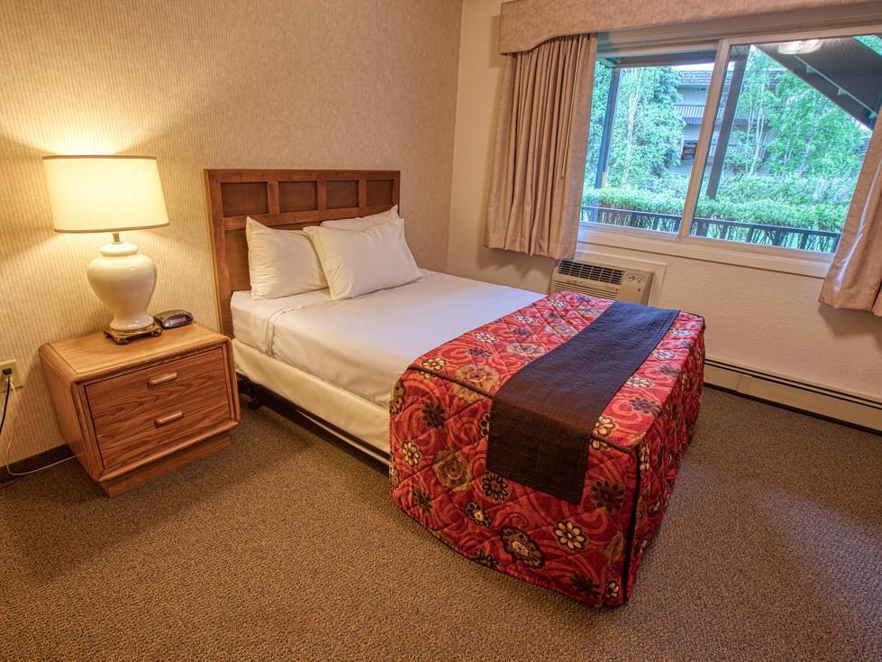 View of one bedroom suite at Wedgewood Resort