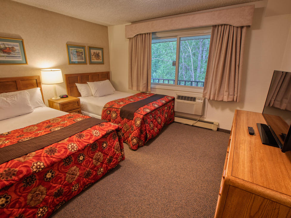 Modified three bedroom accessible room at Wedgewood Resort