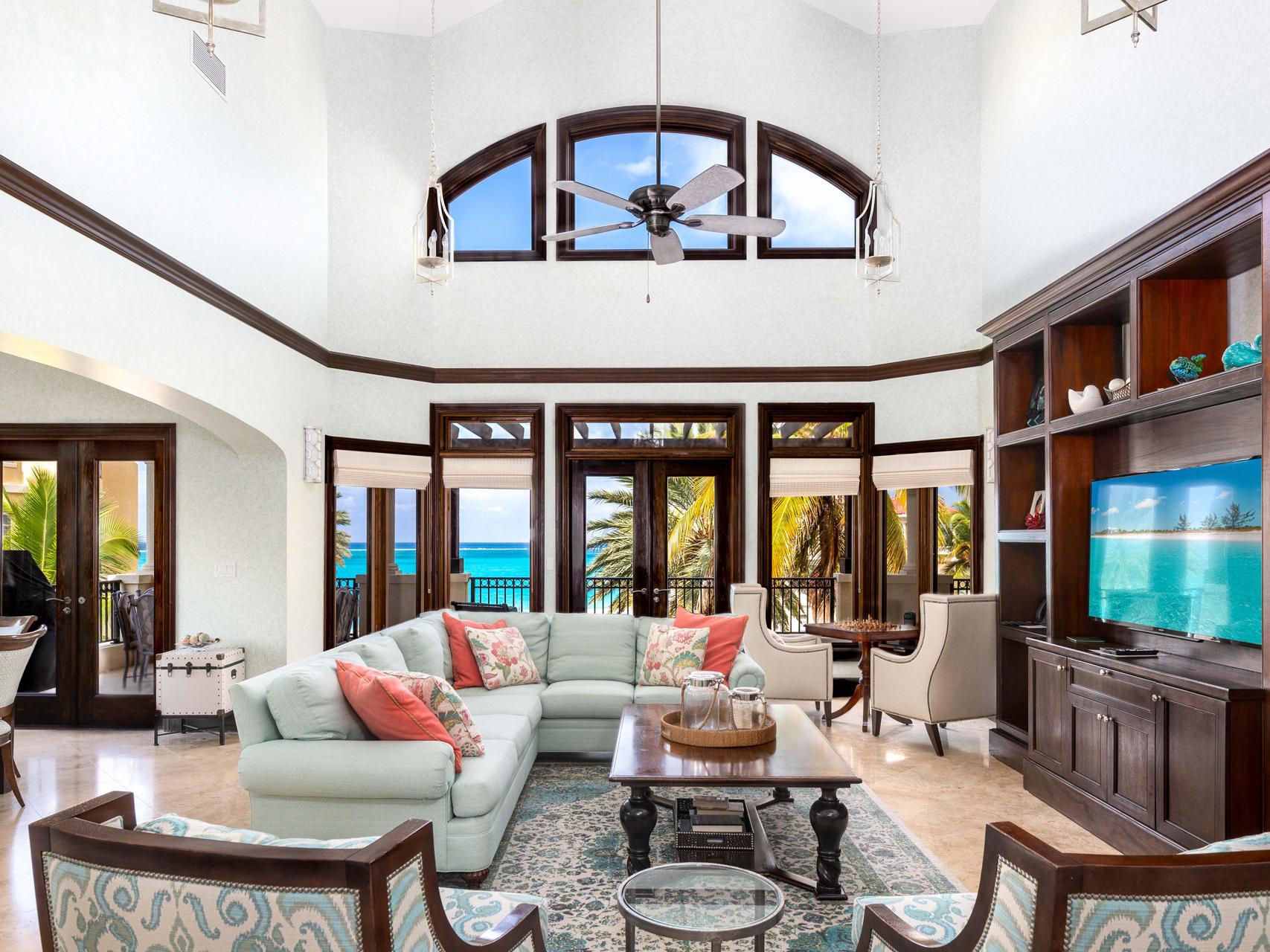 Living room in 5 Bedroom Ocean View Penthouse at Somerset Bay