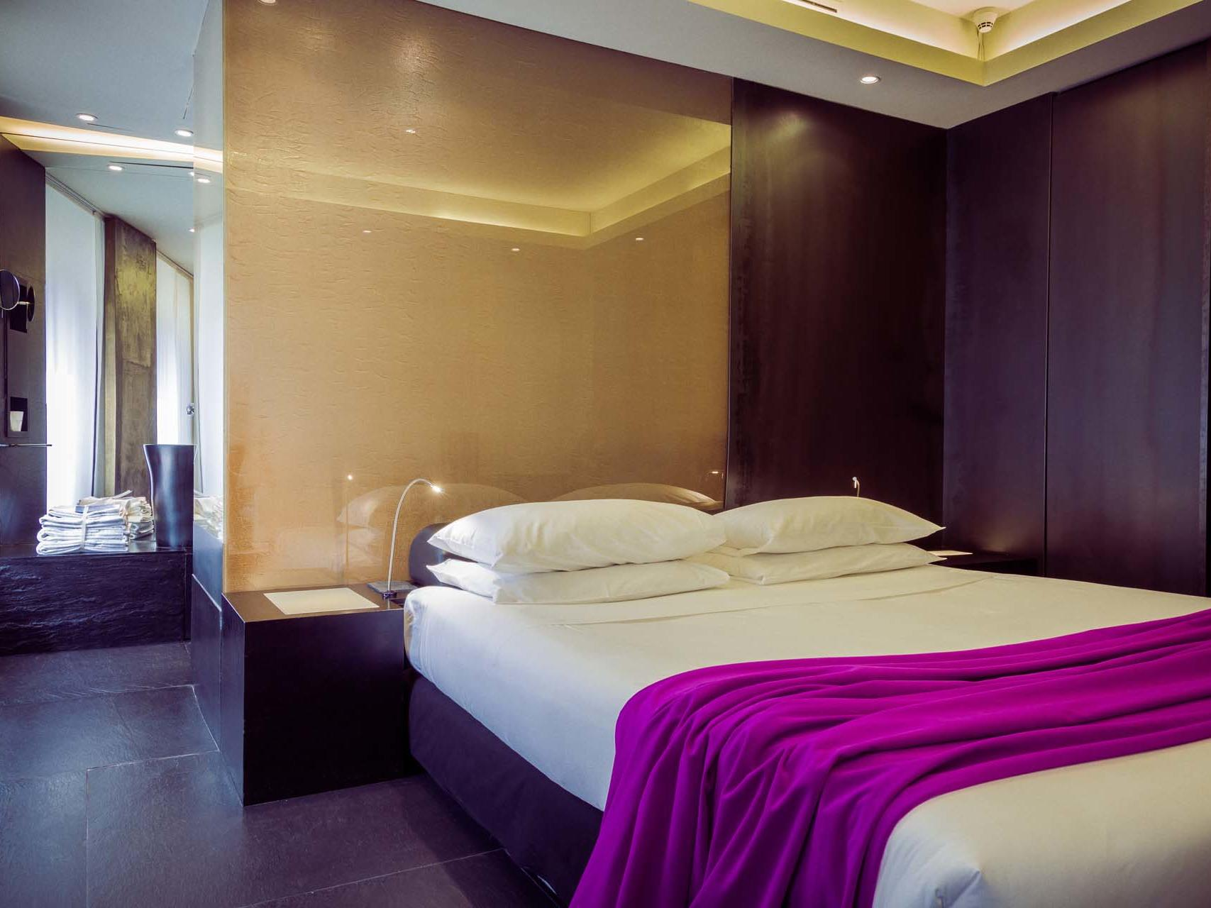 Superior Double Room at STRAFhotel&bar in Milan centre