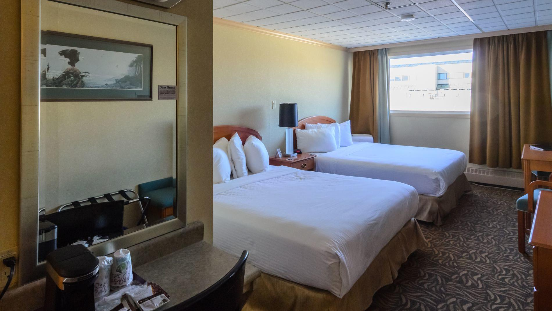 Picture of: Deluxe Suite 2 Queen Beds Whitehorse Hotel Rooms