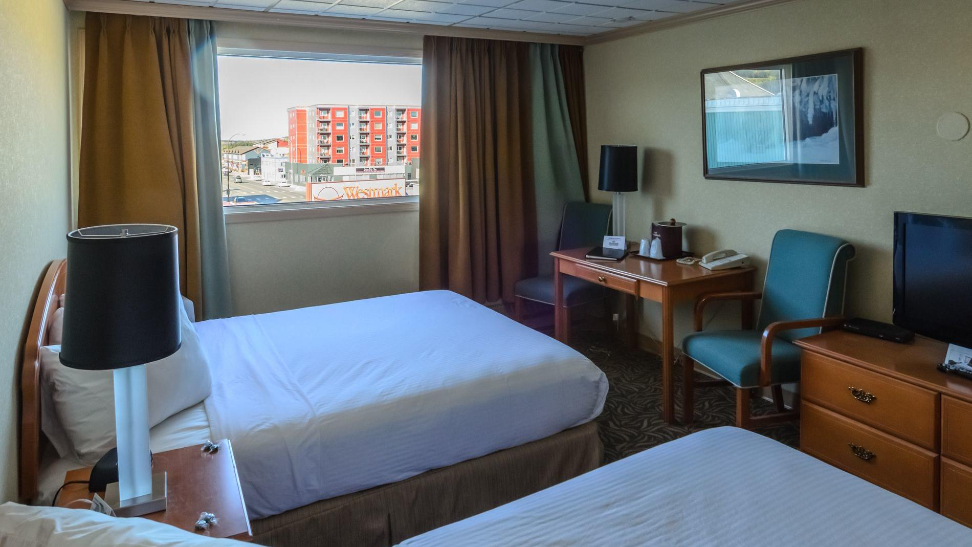 Picture of: Standard Room 2 Queen Beds Whitehorse Hotel Rooms