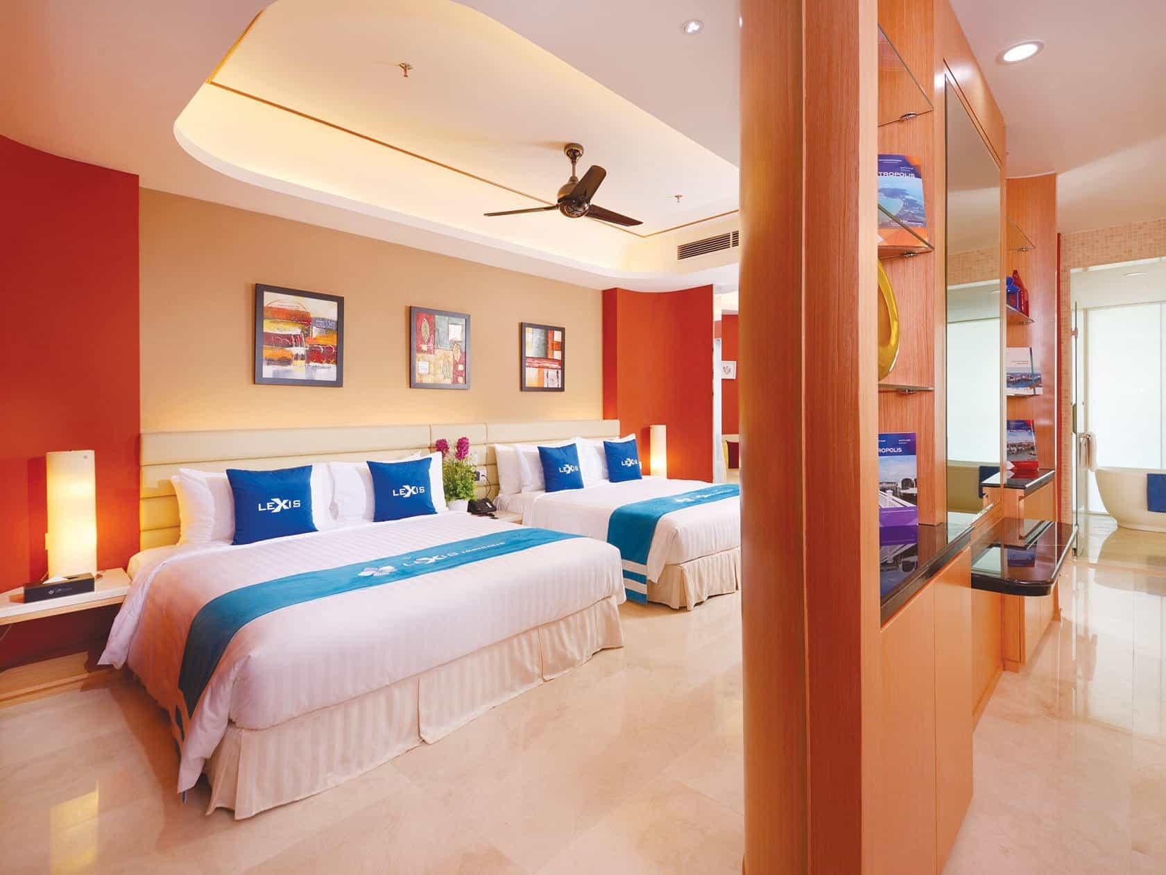 Sky Pool Villa bedroom with 2 king size beds - Lexis Hibiscus® Port Dickson