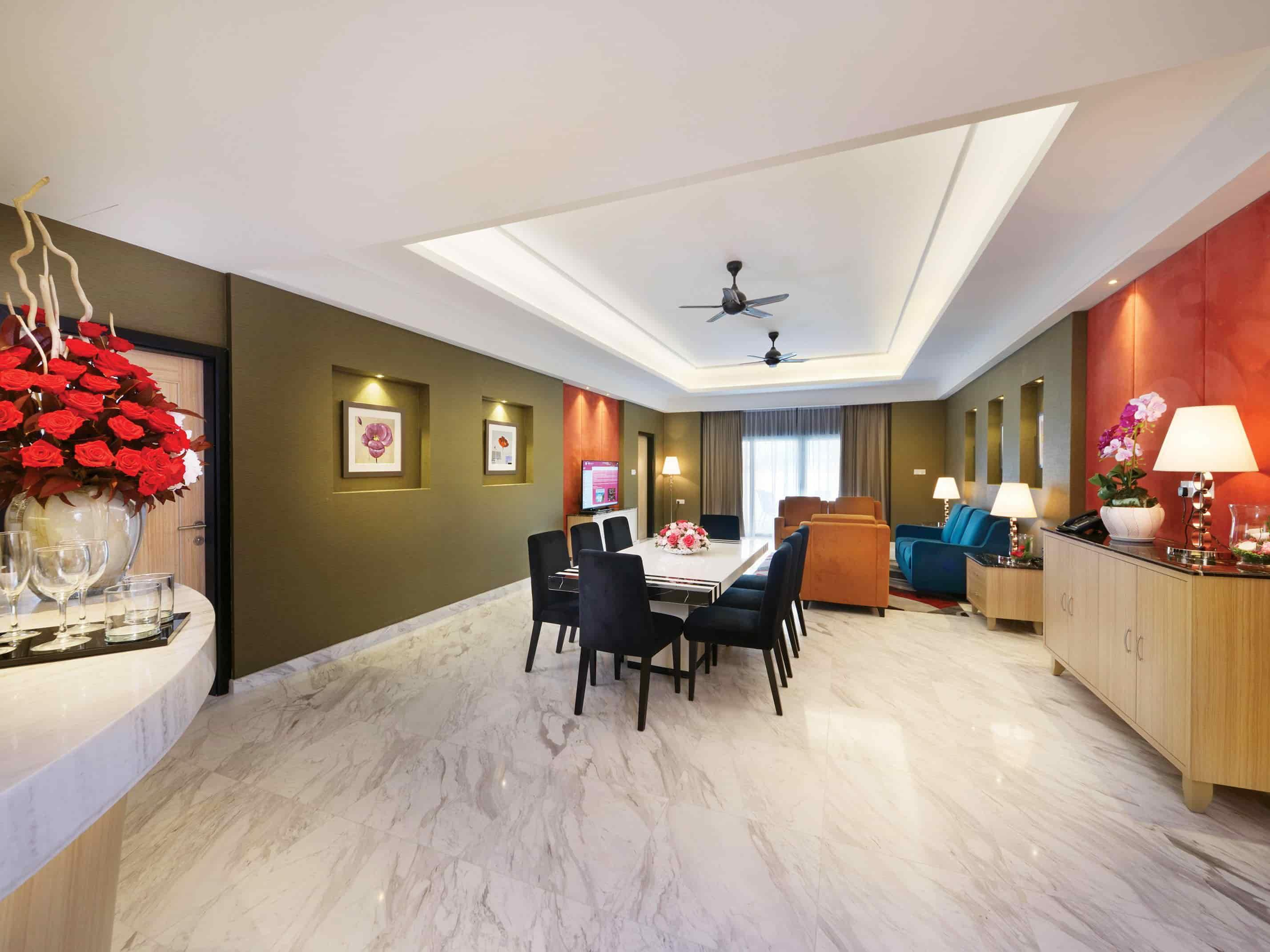 Presidential Suite with spacious living area - Lexis Hibiscus® Port Dickson