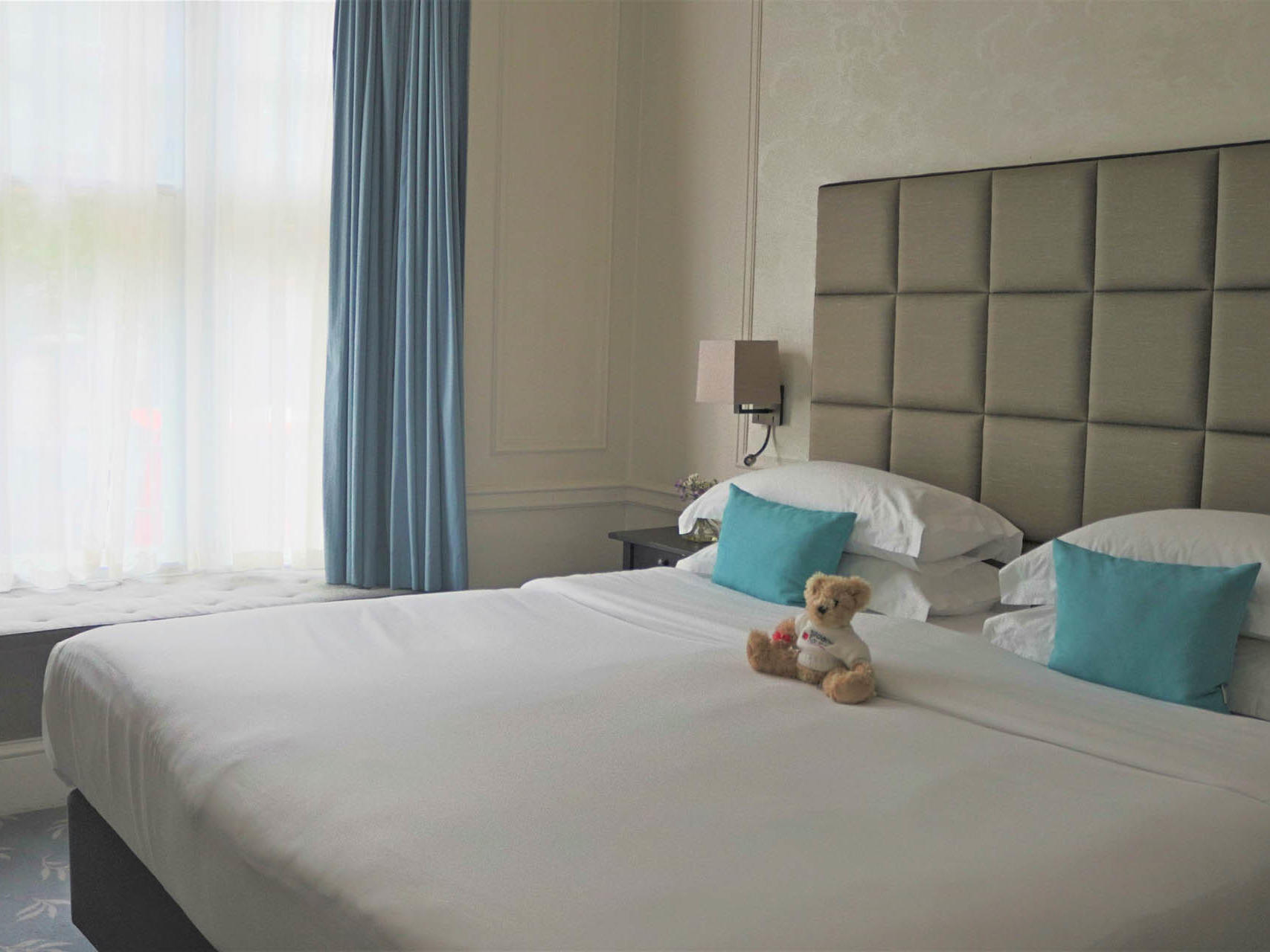 Superior double bed room with double bed at Sloane Square Hotel