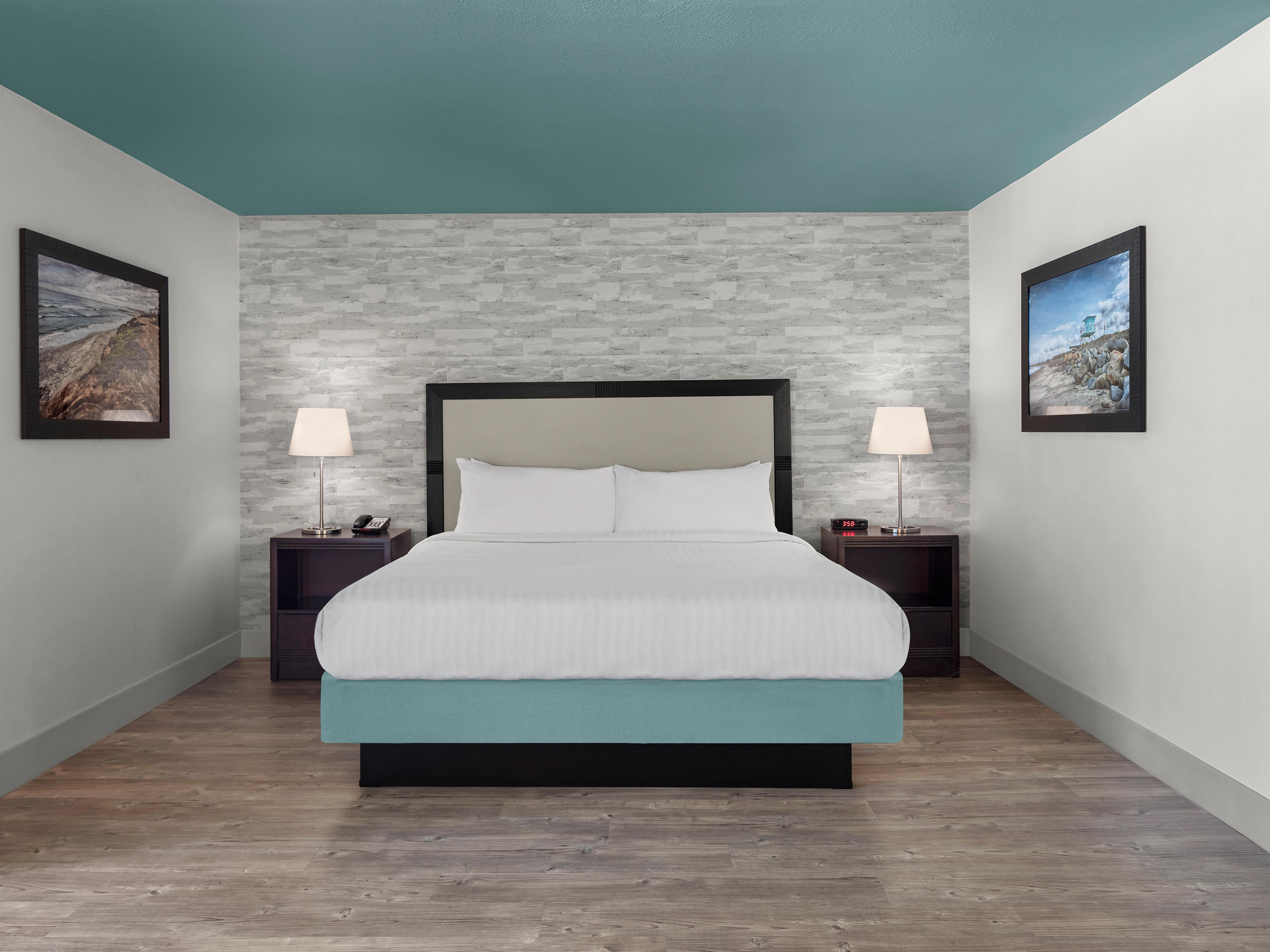 king bed guest room carlsbad ca