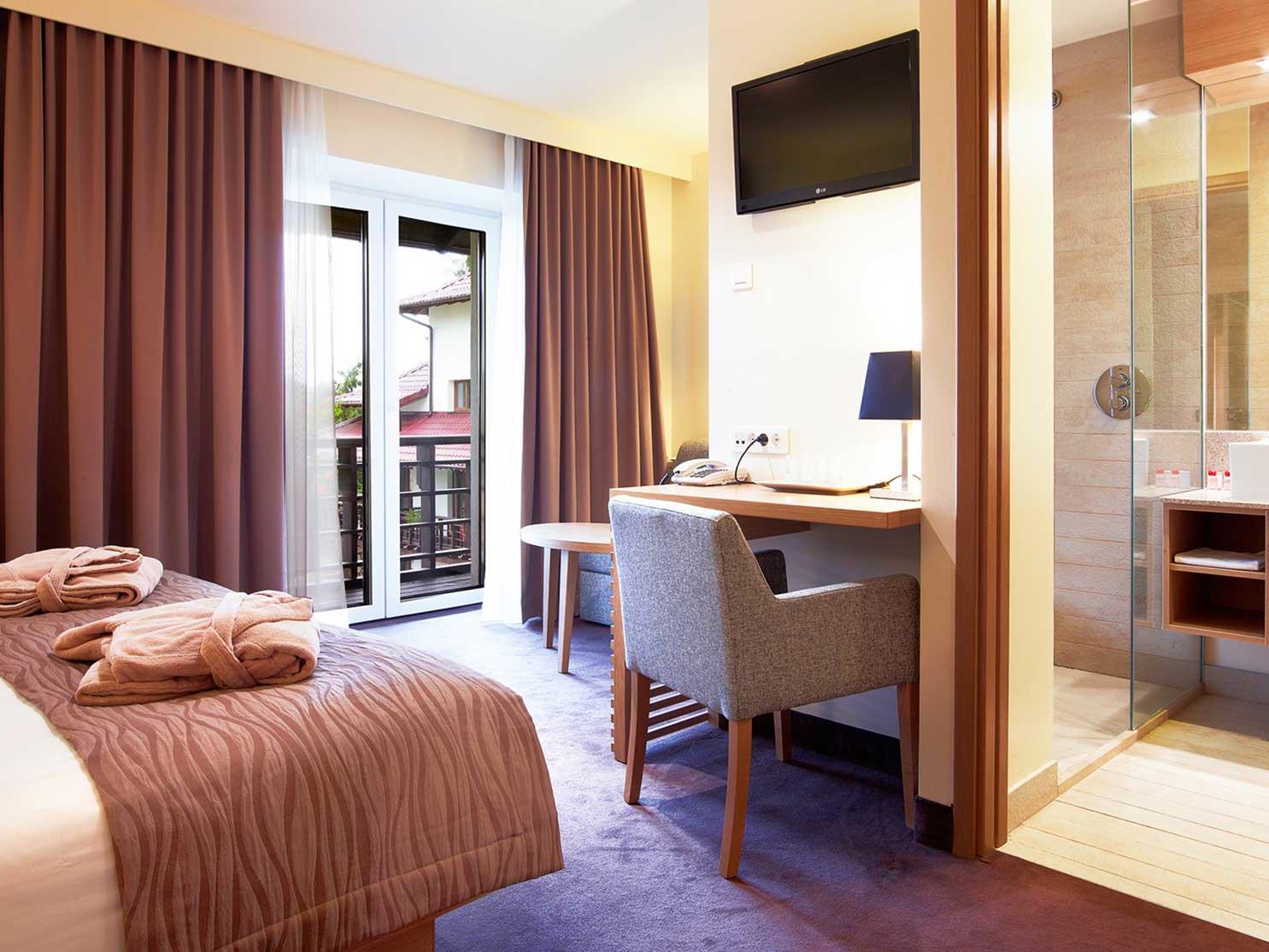 King Balcony Room la Ana Hotels Sport Poiana Brașov