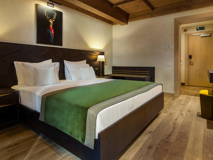 King Balcony Room at Ana Hotels Bradul Poiana Brașov