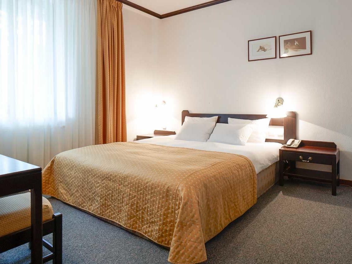 Queen Junior Suite at Ana Hotels Poiana in Poiana Brașov