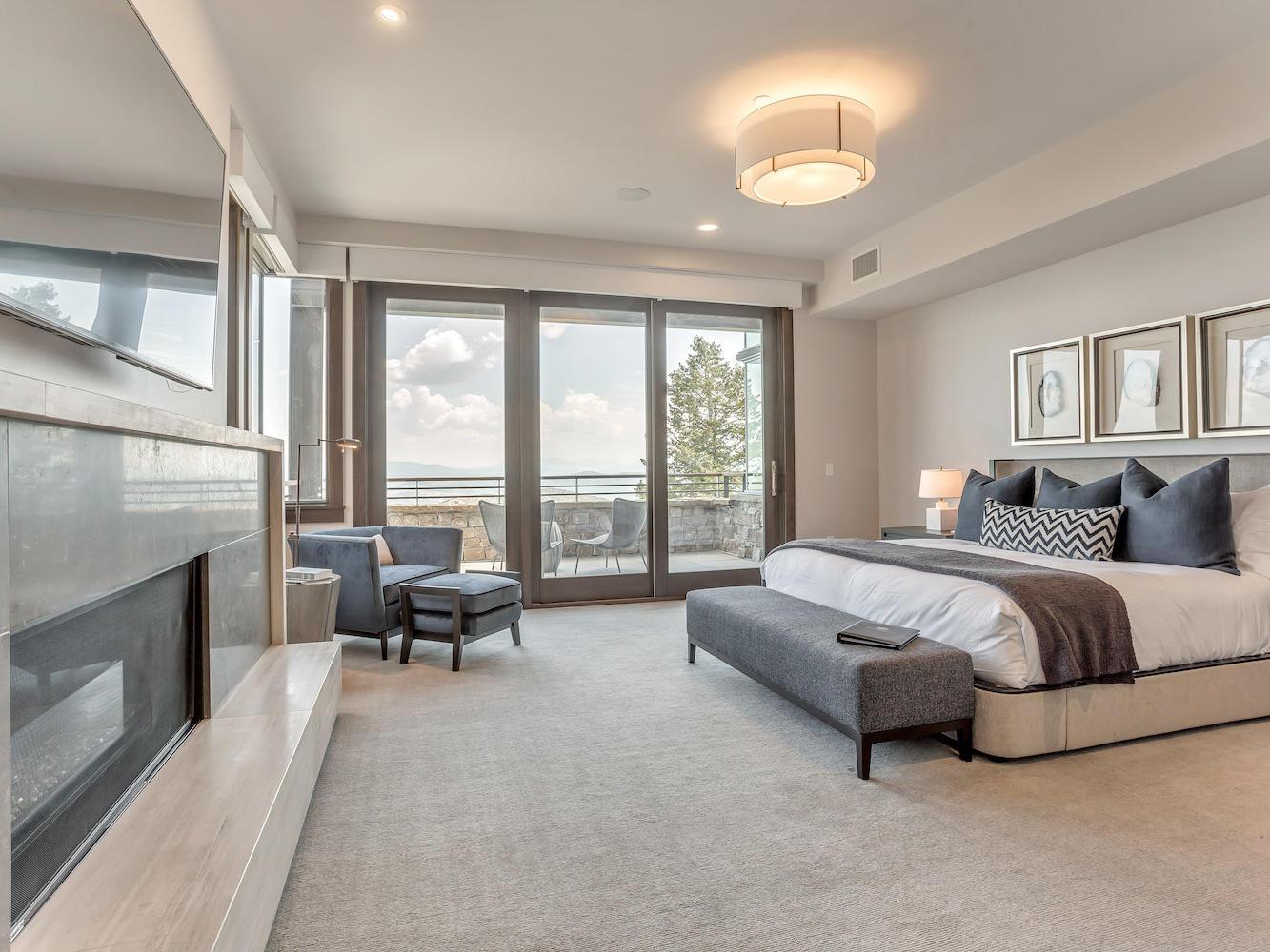 331 Premium Room