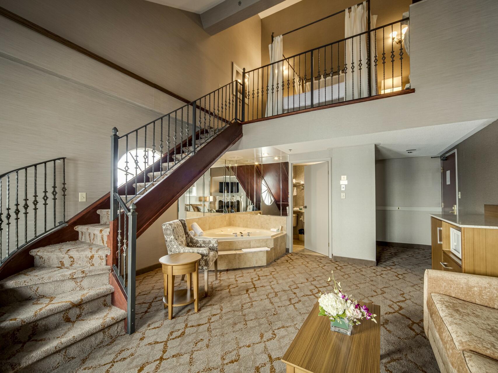 Romeo and Juliet Suit lobby at Monte Carlo Inn Vaughan Suites