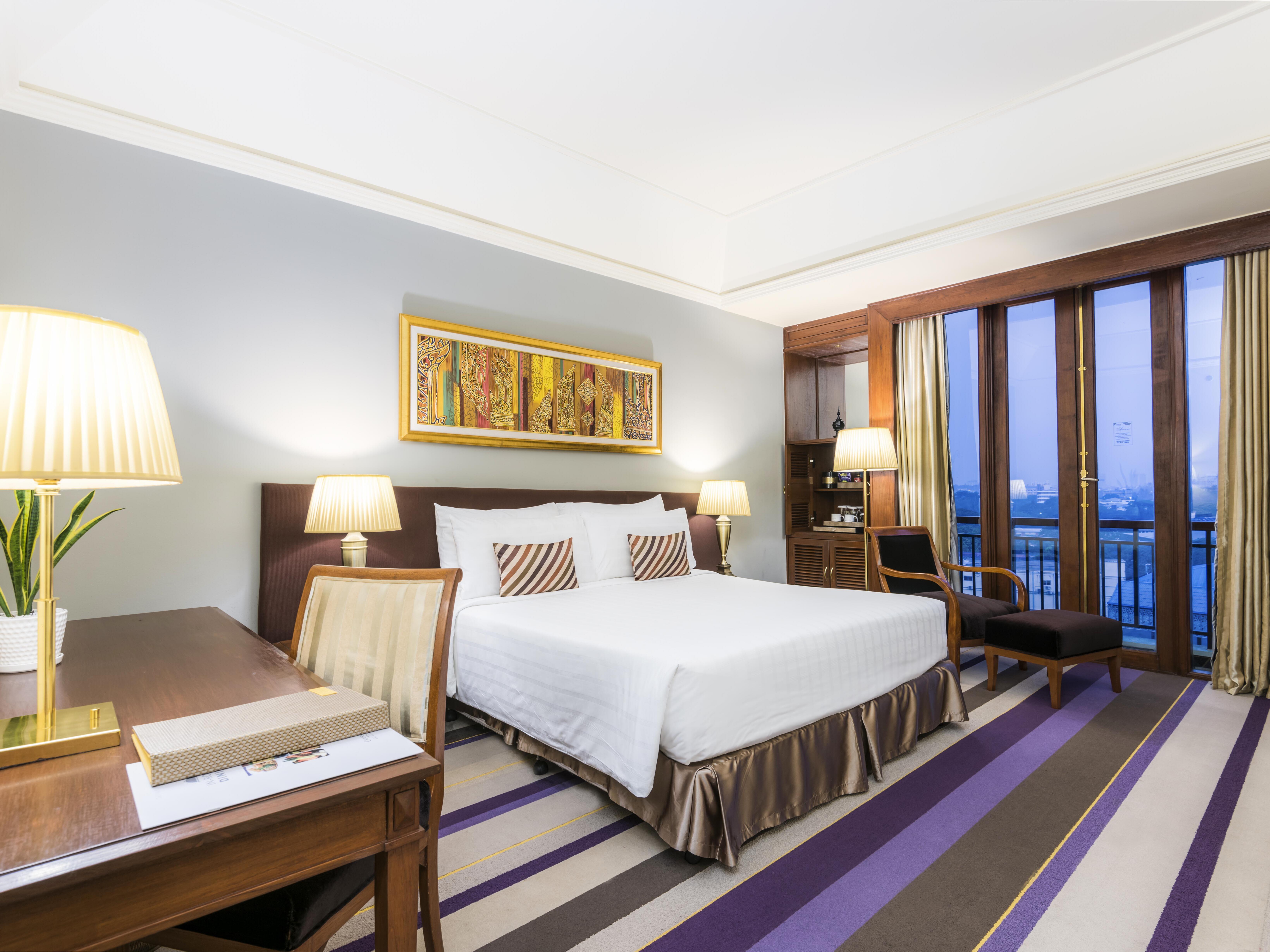 Chatrium club deluxe lake or pagoda view at Chatrium Hotel Royal Lake Yangon