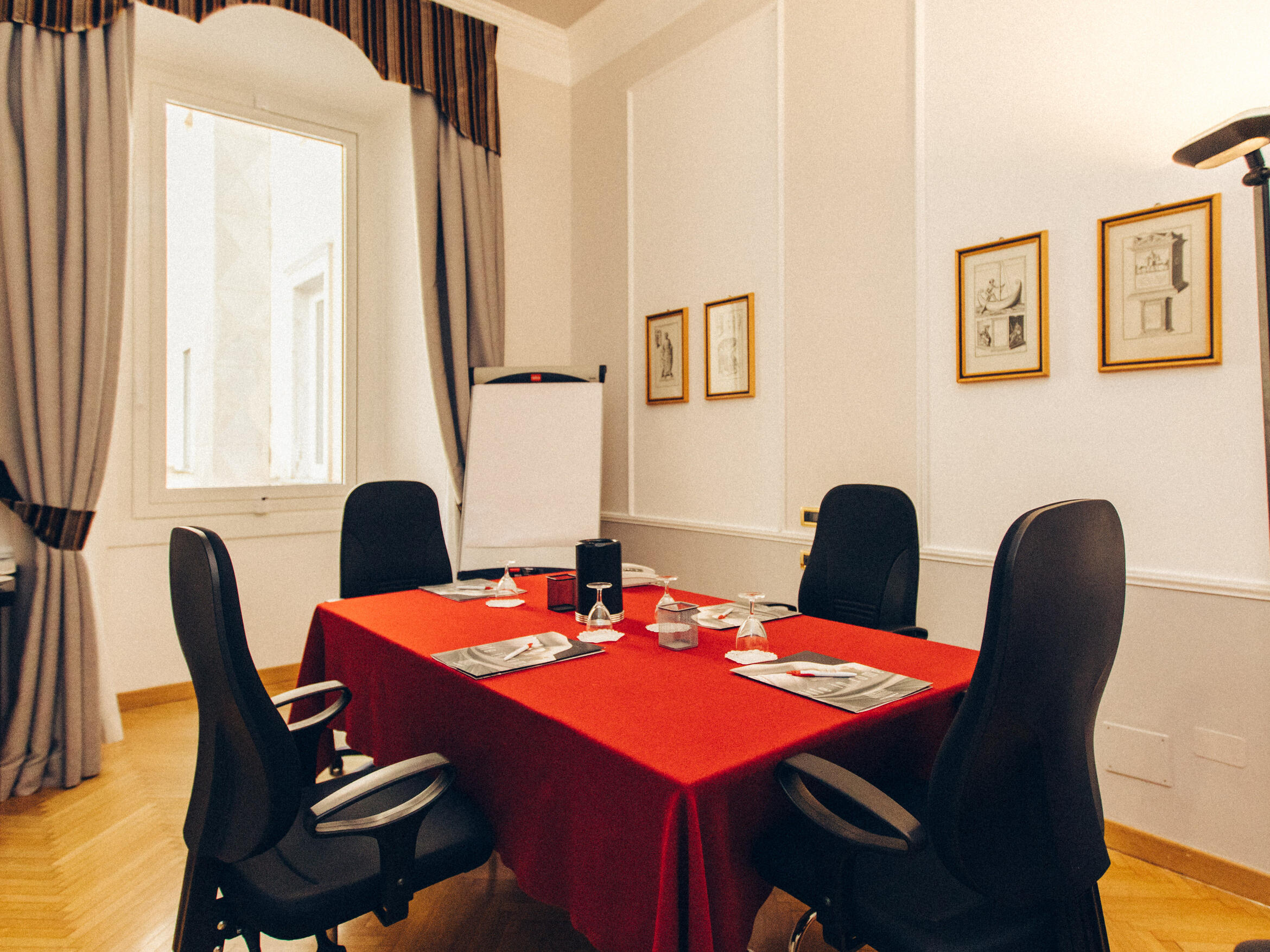 Business Room in Bettoja Hotel Massimo D'Azeglio