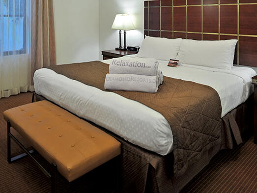 Luxury bed of Accessible Rooms at Diamond Sedona Portal Hotel
