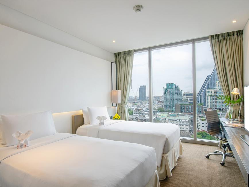 Amara Bangkok Deluxe Room