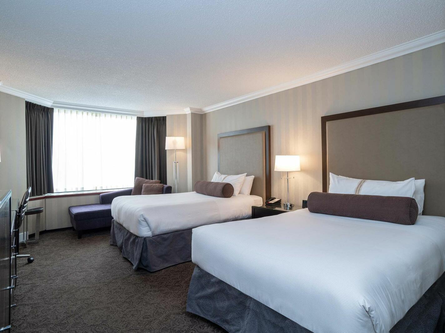 Deluxe Room - 2 Double Beds The Sutton Place Hotel Edmonton