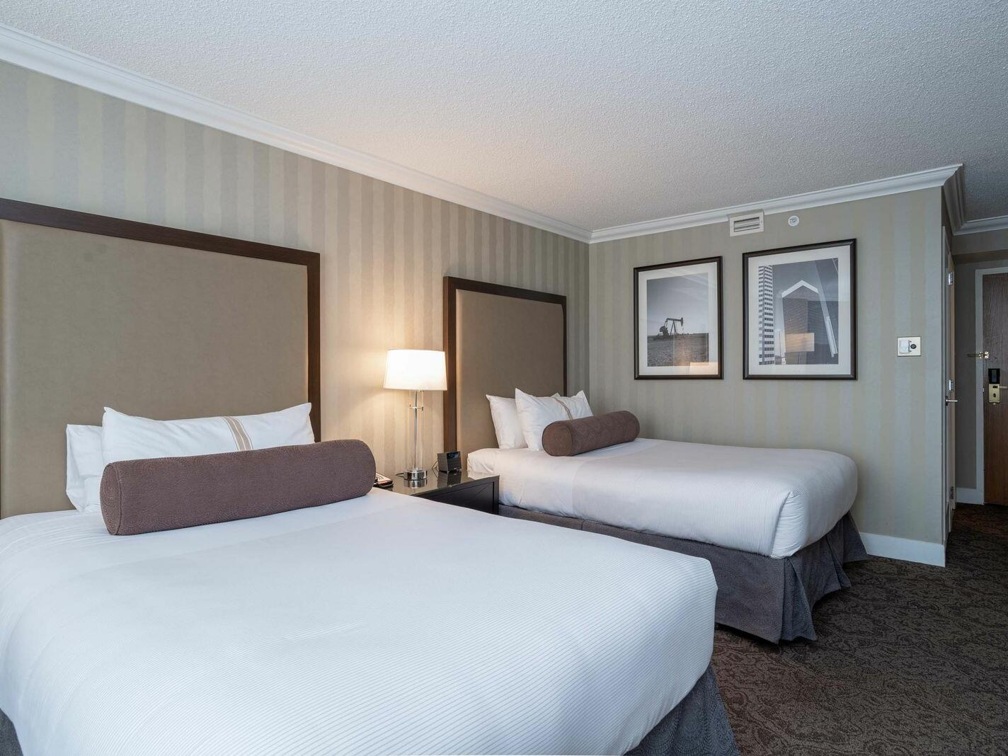 Premium Room - 2 Double Beds The Sutton Place Hotel Edmonton