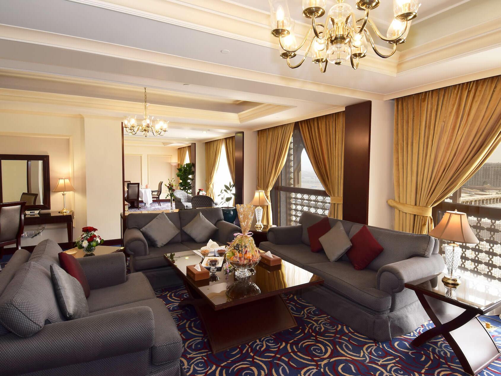 Presidential 3 Bedrooms Suite Haram View