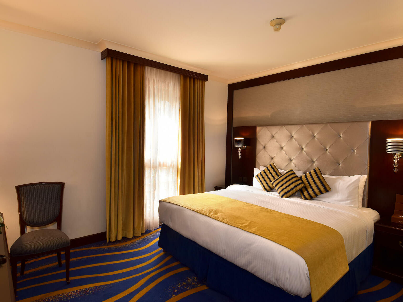 Deluxe King Bed Room City View