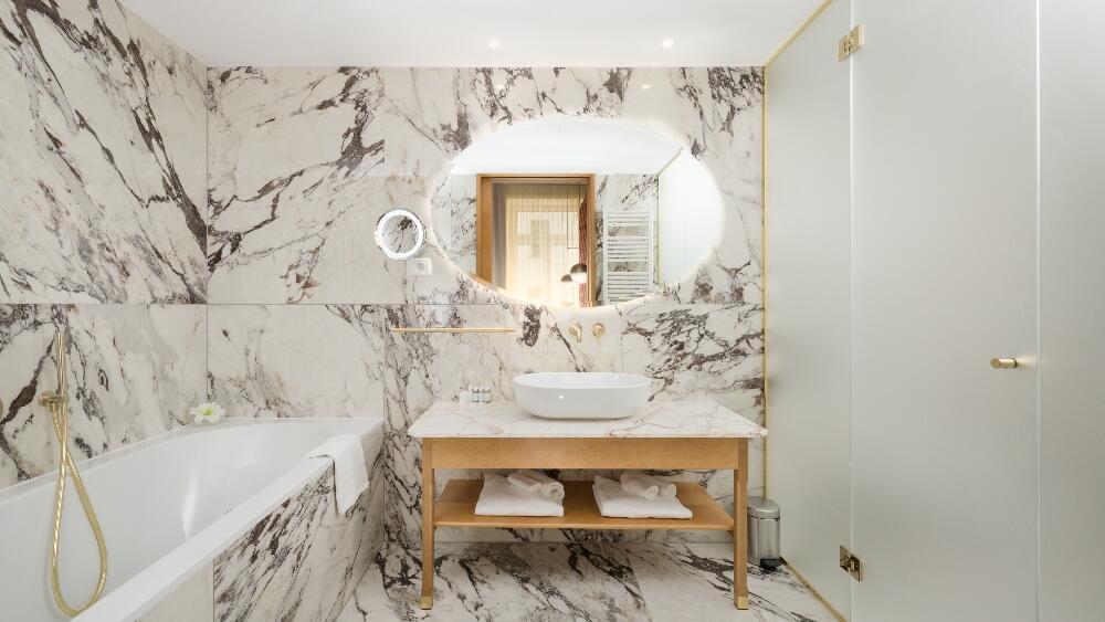 Grand Union Suite Bathroom
