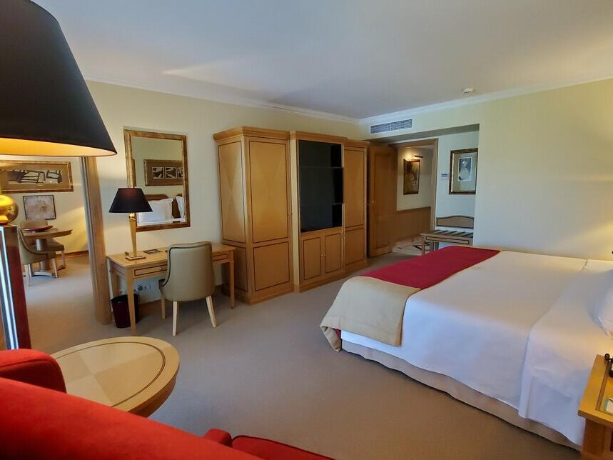 Habitación residencial en el Hotel Cascais Miragem Health and Spa