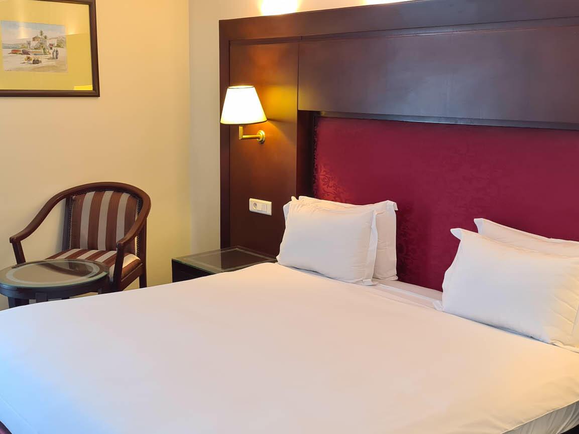 Queen size Bed -  Farah Rabat Hotel