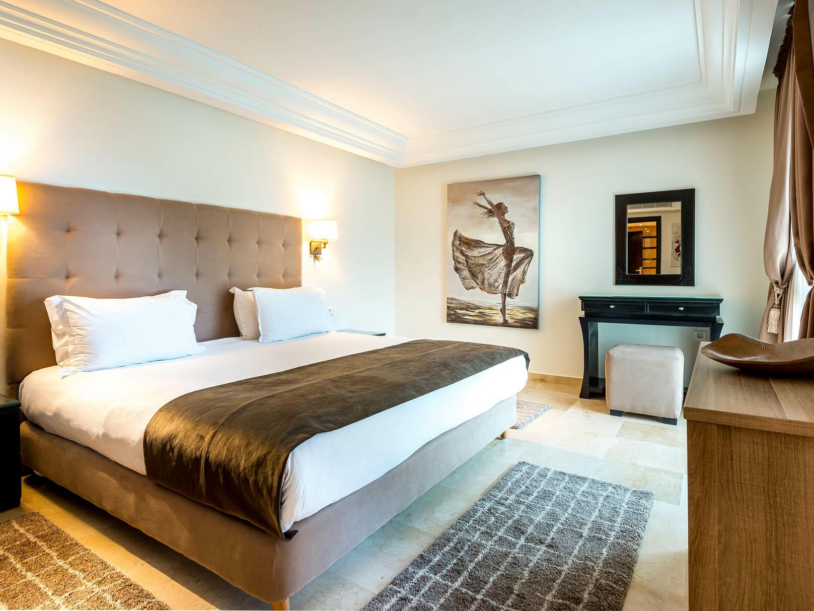 Queen Bed - Farah Rabat Hotel