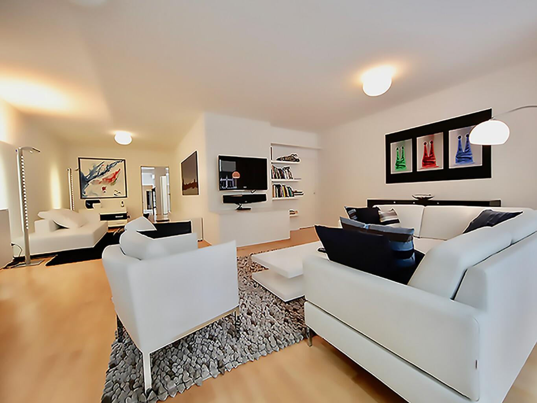 Comfy sofa- Dom Hotel Am Roemerbrunnen