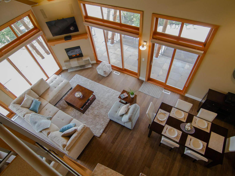 3 room premium bay villa living at Outback Lakeside Vacation