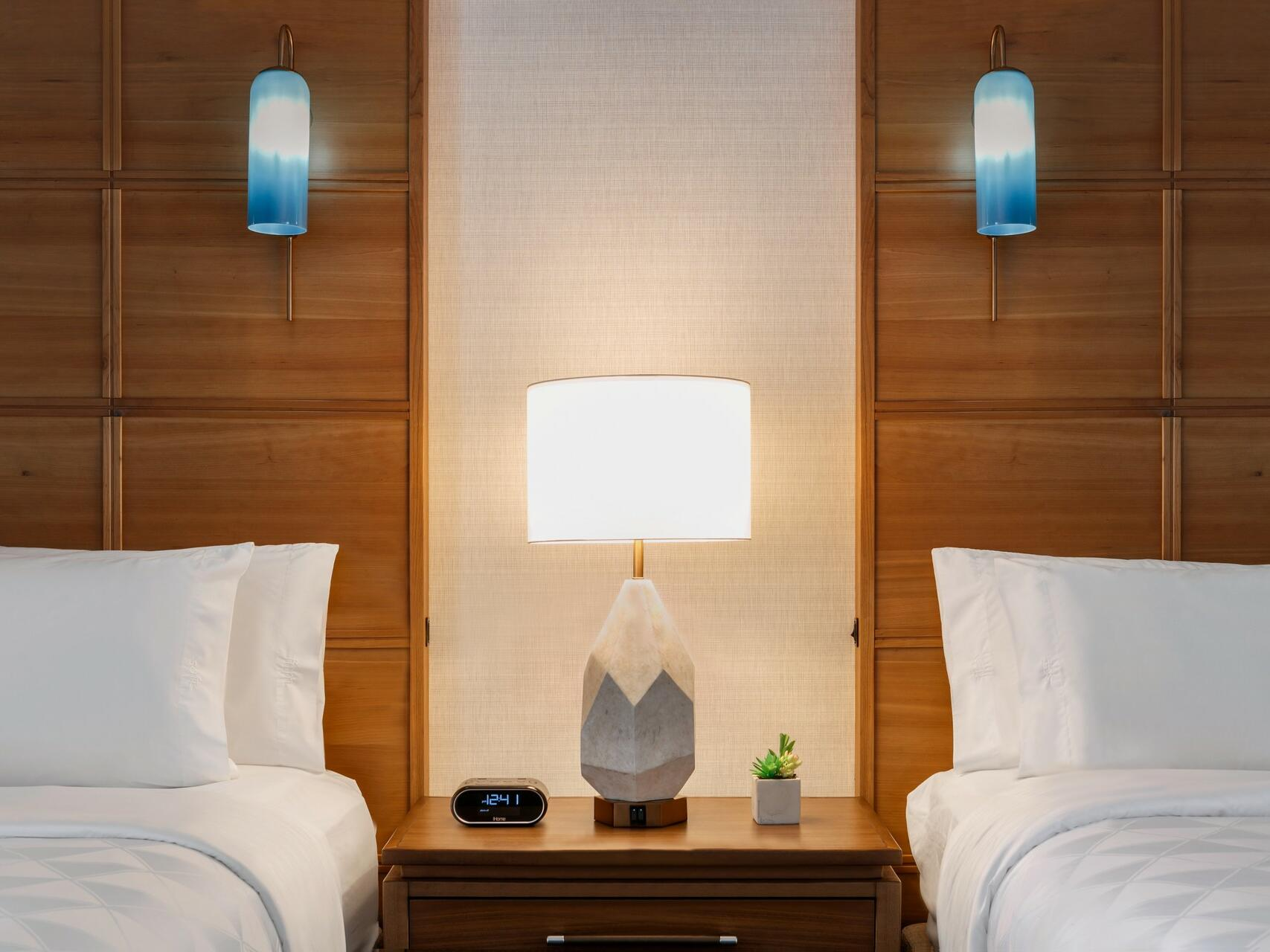 Table Lamp & Two beds at Oceanfront Suite in Holiday Inn Hotel