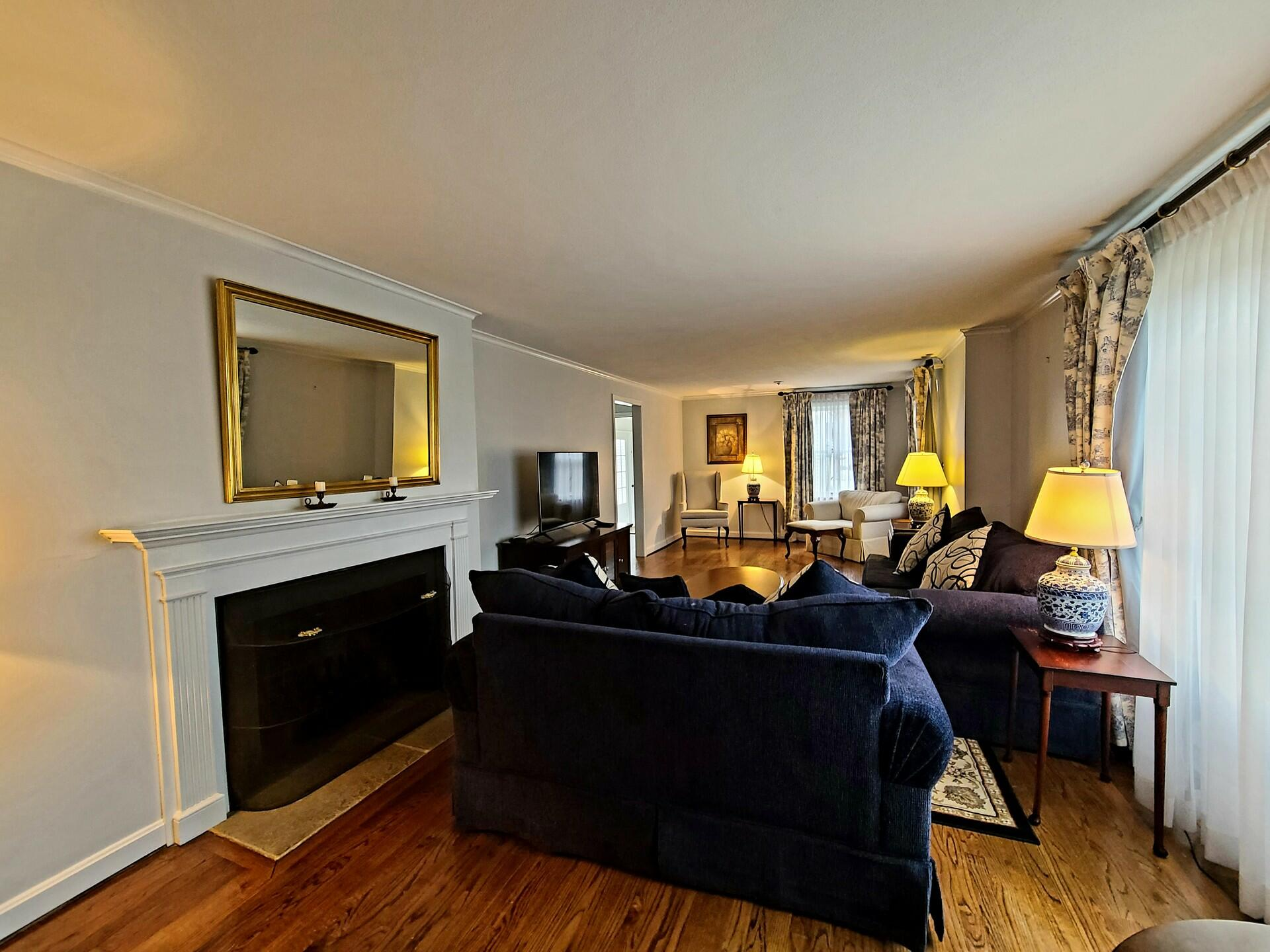The living area of Long Term Rental at Farmington Inn