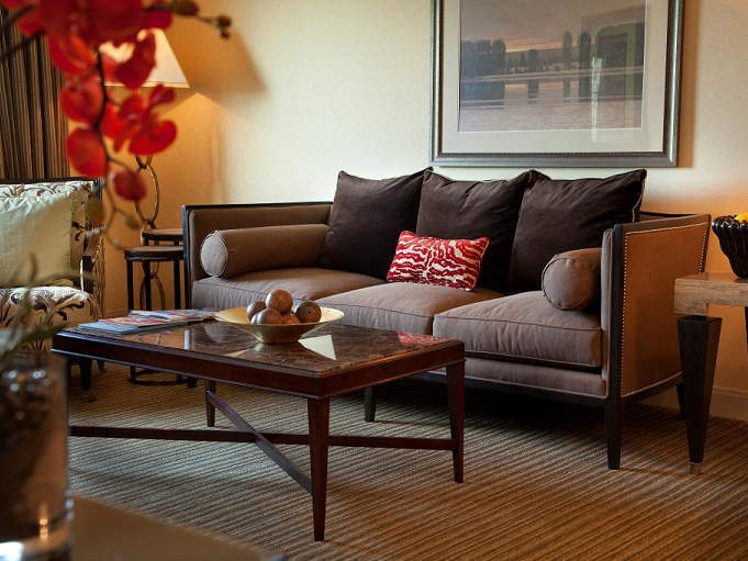 Living area in West Hills Suite at Paramount Hotel Portland