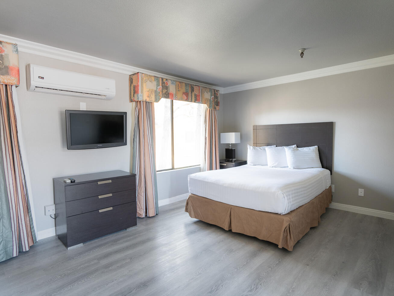 Extended Stay Studio Suite Queen Bed at the Alexis Park Resort