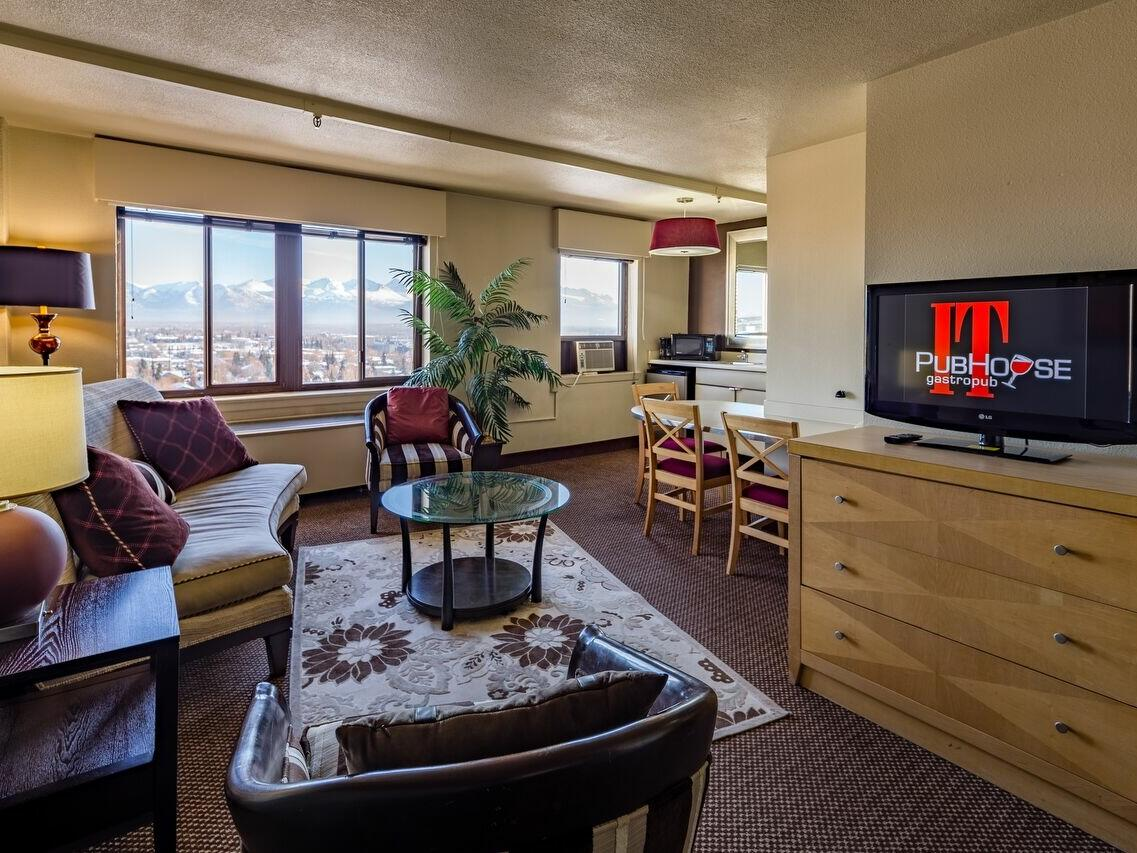 Living area in the Elite King Suite at Inlet Tower