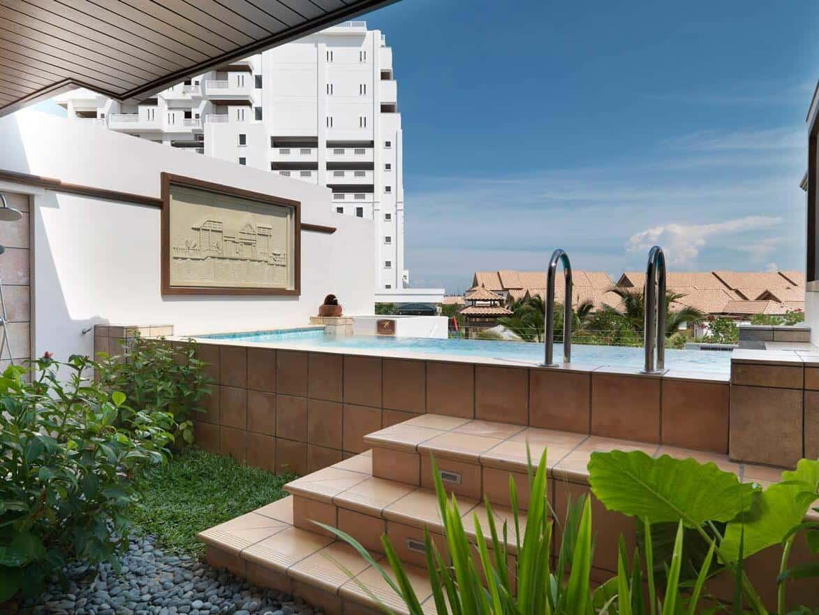 Garden Pool Villa (Upper Unit) Pool View