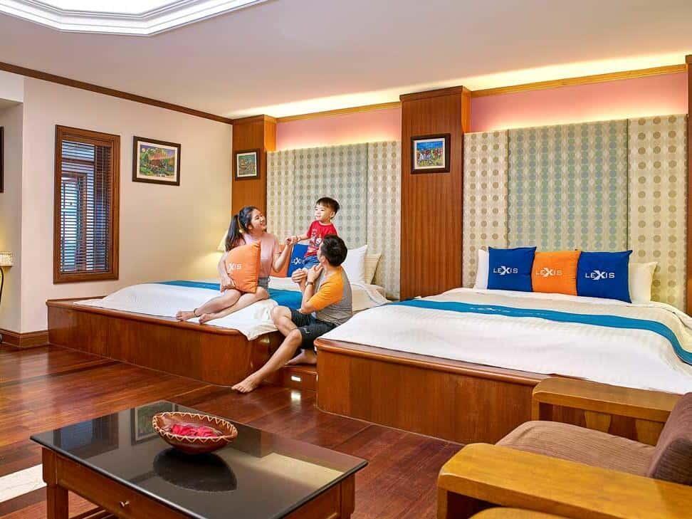 Grand Pool Villa (Upper Unit) Room View 1