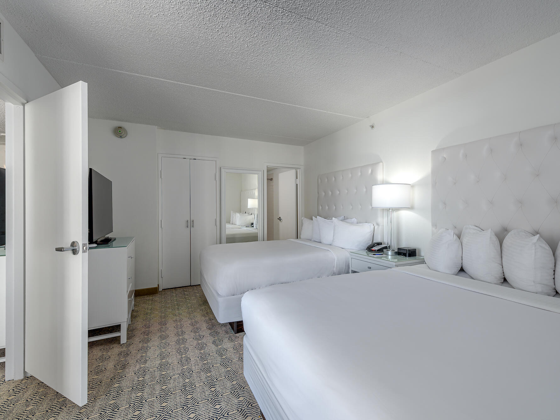 Classic Double Suite ICONA Diamond Beach Resort Hotel near Cape May NJ