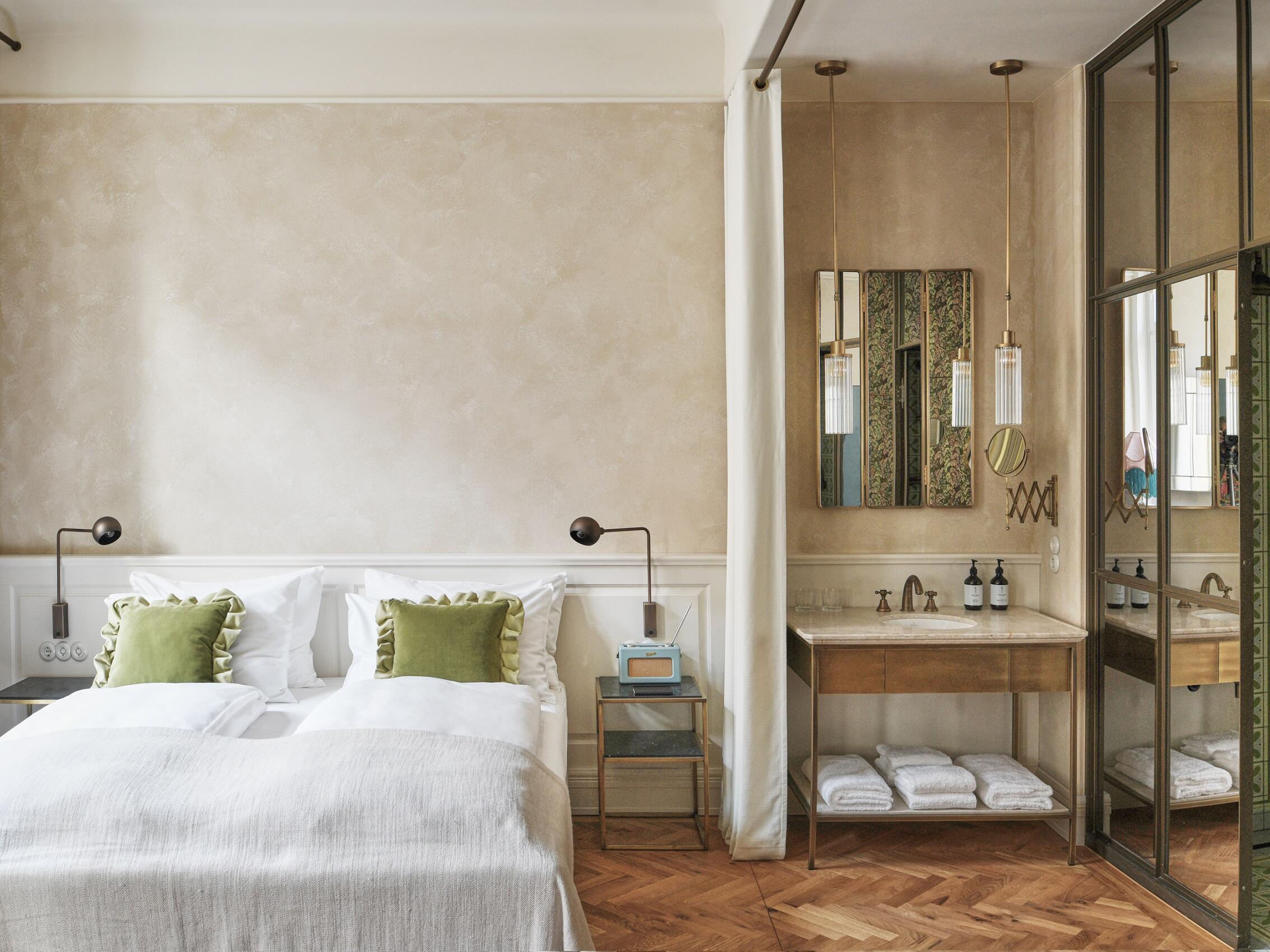 Sicht des Deluxe Zimmers vom Hotel Motto Wien