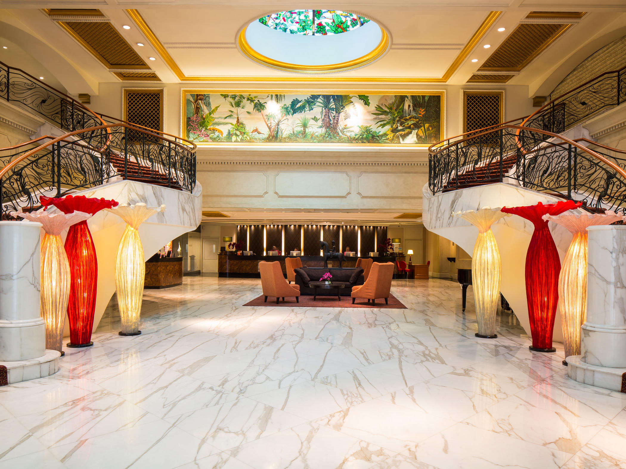 Lobby area in the Royal Plaza on Scotts Singapore