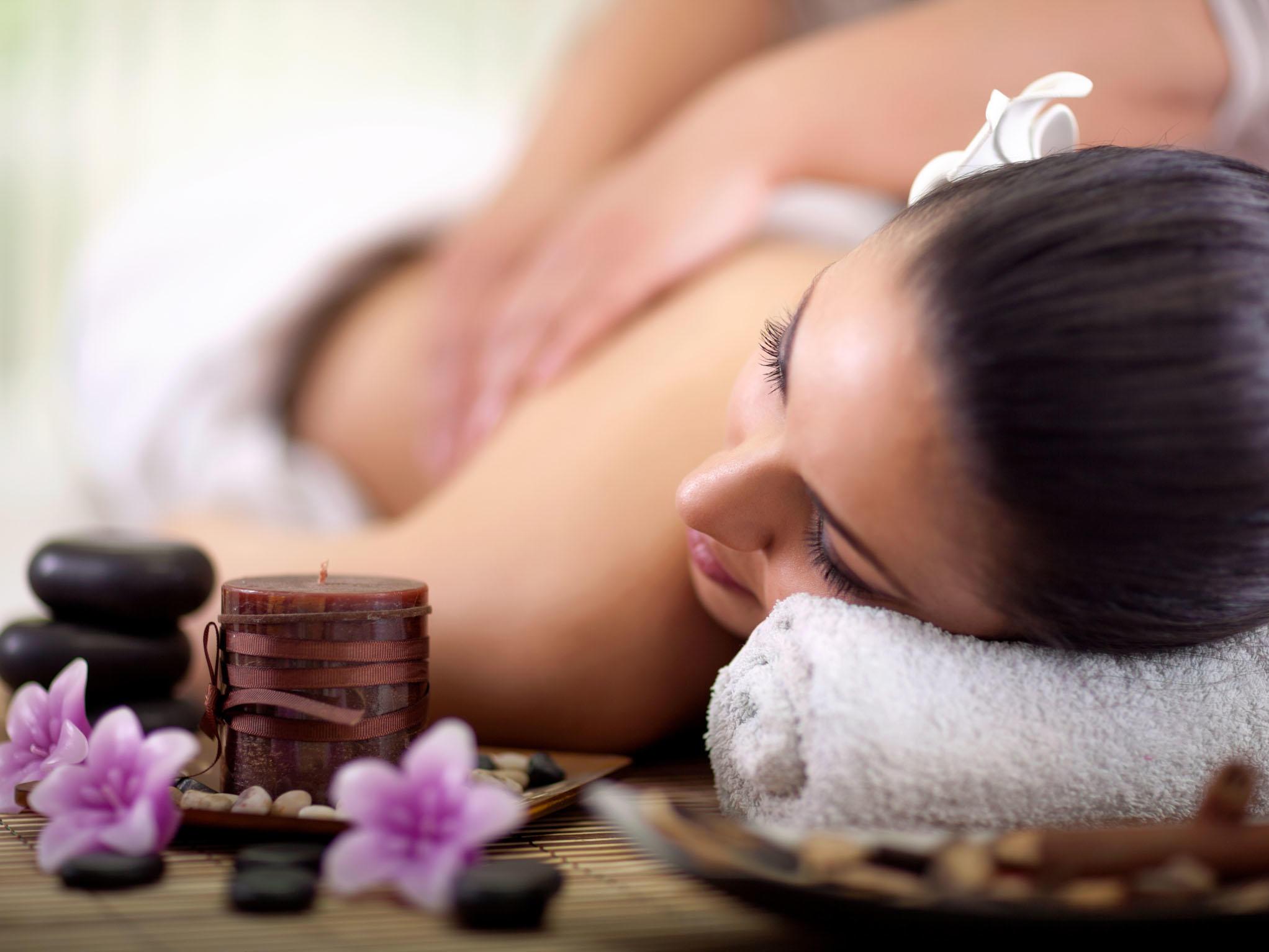 Massage at Ghaya Grand Hotel Dubai