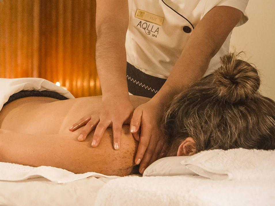 Having a Full body massage from Aqlla massage at Hotel Sumaq
