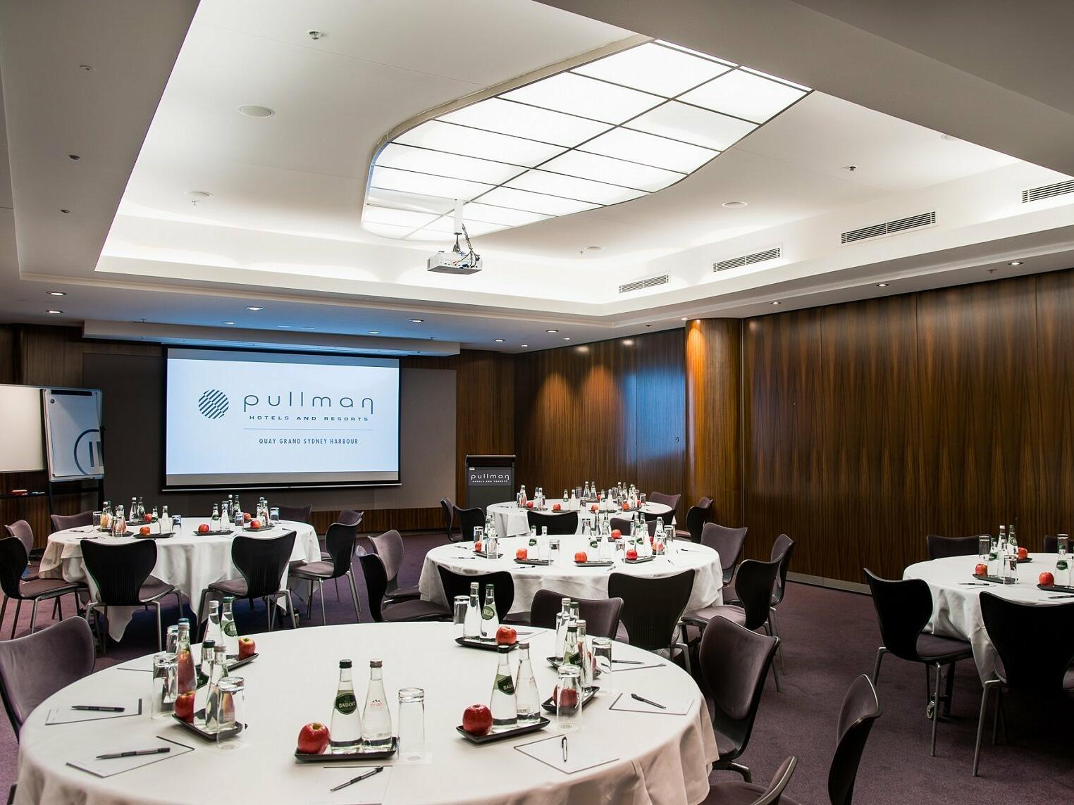 LACHLAN / MACQUARIE ROOMS AT PULLMAN QUAY GRAND SYDNEY HARBOUR