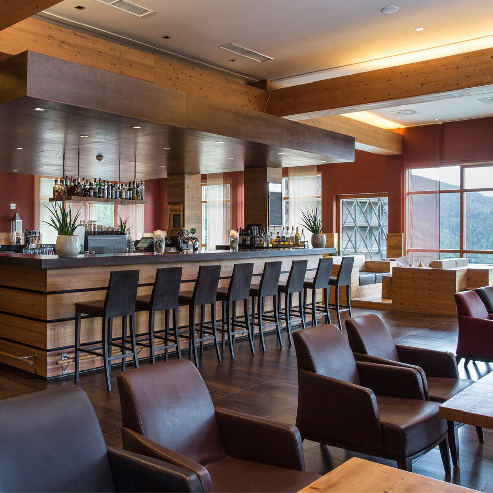 Bar at Falkensteiner Hotel Cristallo