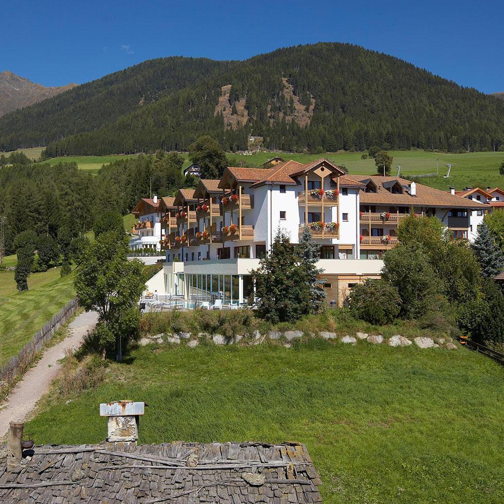 falkensteiner-hotel-sonnenparadies-exterior-7
