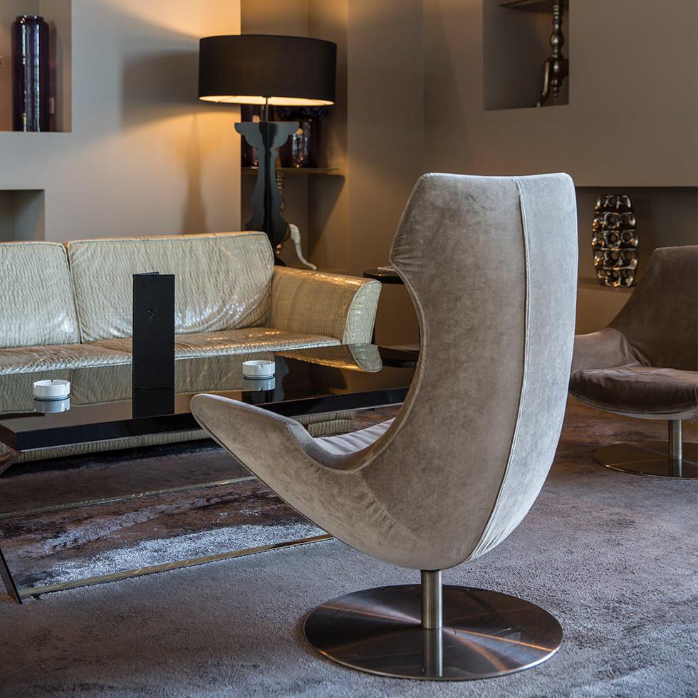 falkensteiner-hotel-belgrade-cigar-lounge-2