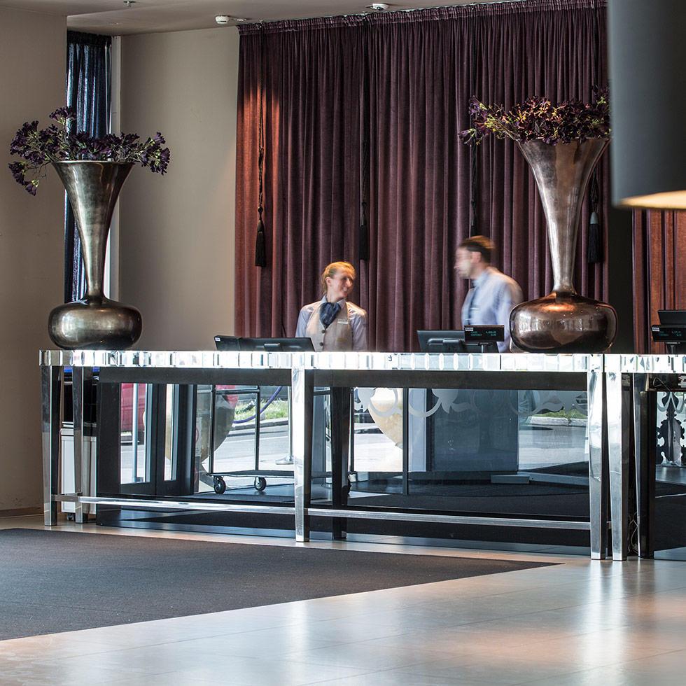 falkensteiner-hotel-belgrade-lobby-2